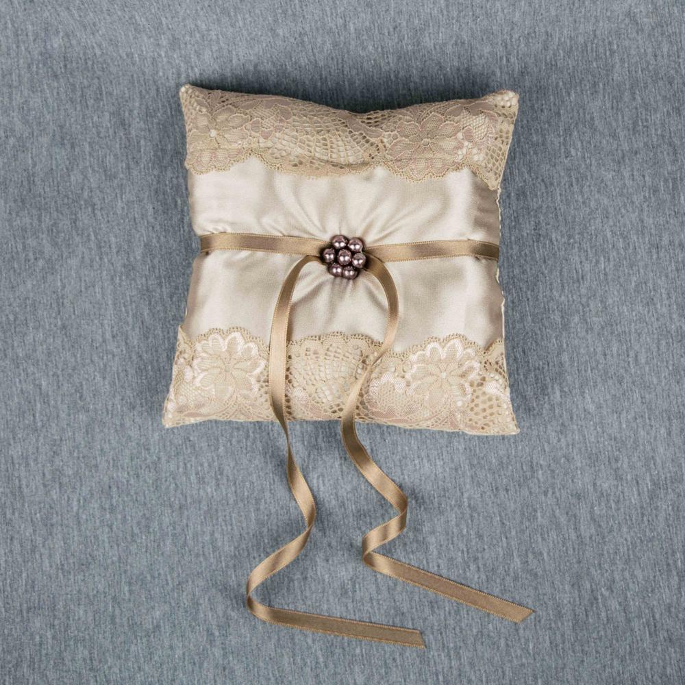 Champagne ring bearer Beige wedding pillow Beige ring bearer pillow Gold wedding ring cushion Cream wedding